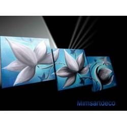 Tableau bleu fleur blanche